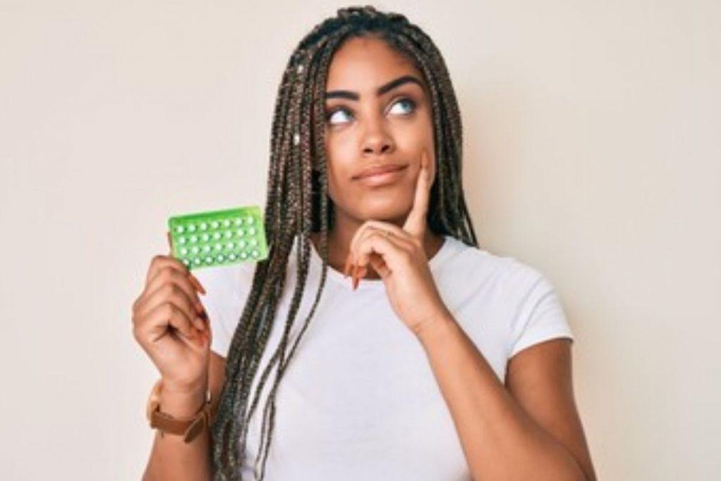 Cuidado: anticoncepcional errado na amamentação pode fazer mal (Foto: Freepick)