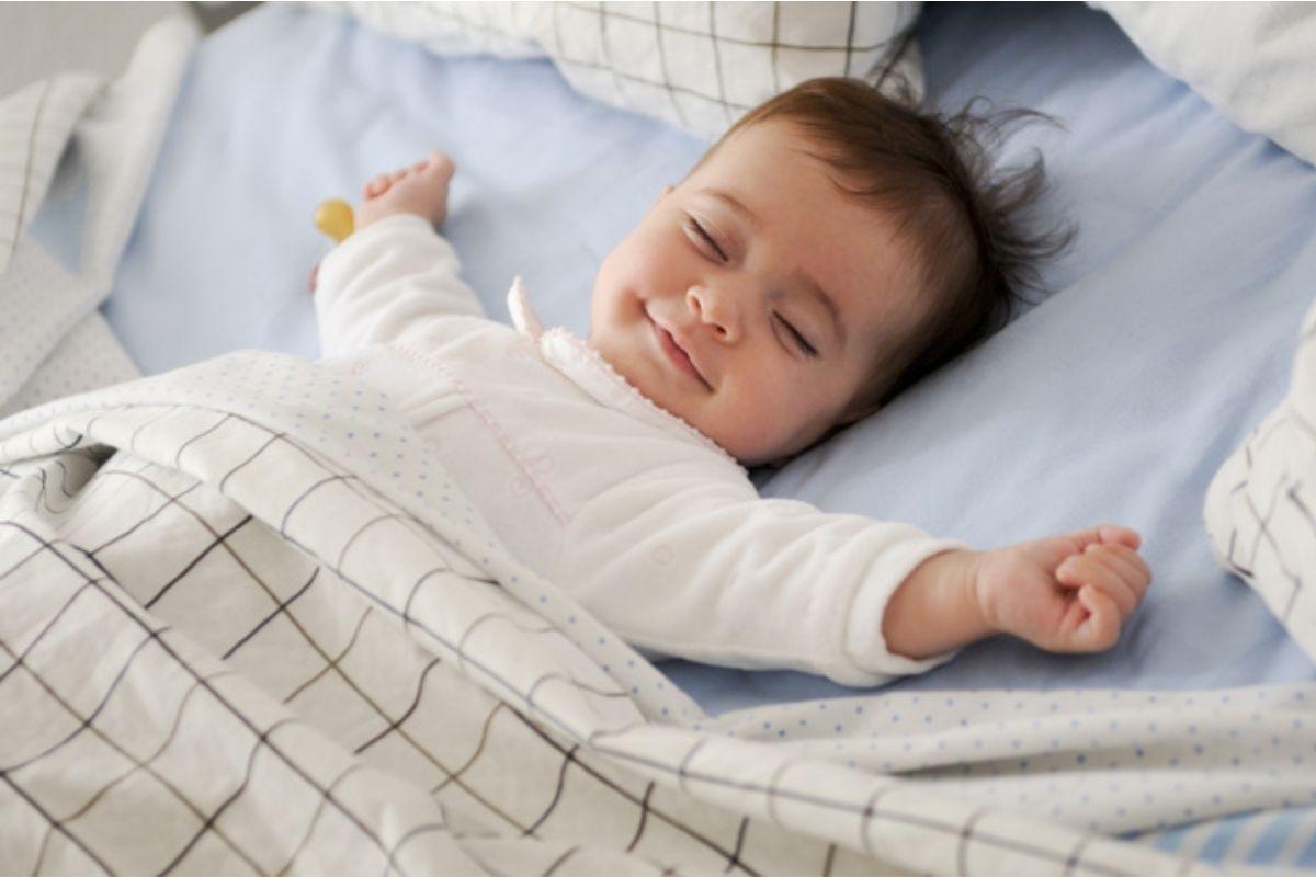 Ter sonecas durante o dia é fundamental para qualquer bebê