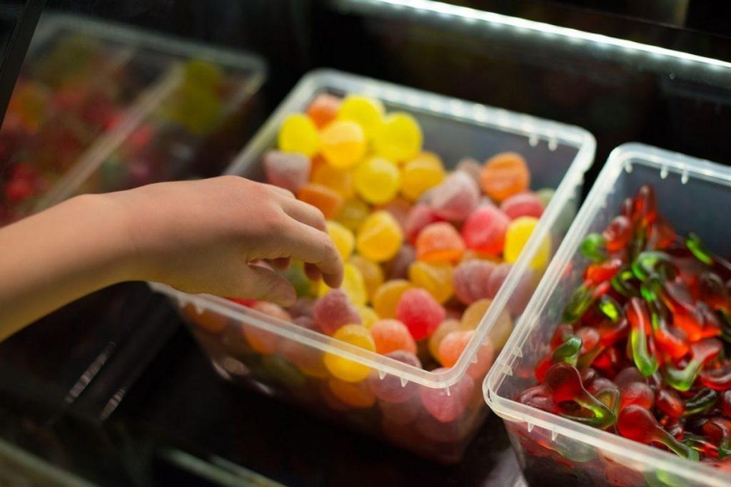 Excesso de peso e desnutrição em crianças